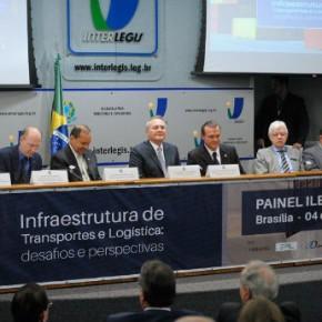 Brasil será castigado se não investir mais em logística e transporte, adverte Renan